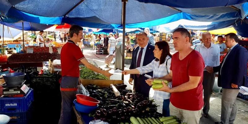 CHP İzmit İlçe Örgütü Perşembe Pazarı'nda