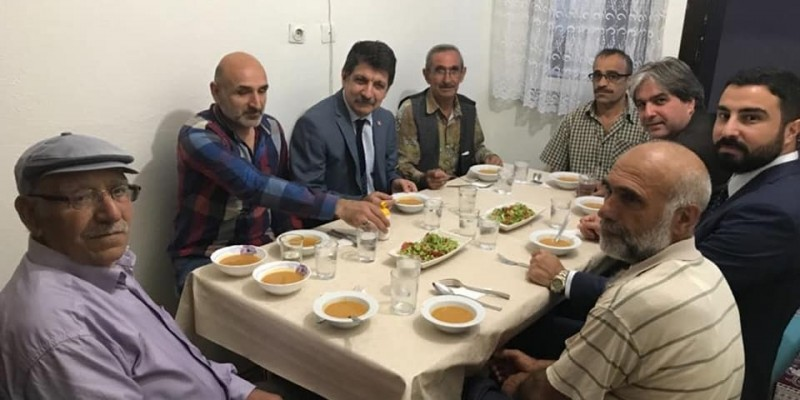 CHP İzmit, Gültepe'de İftara Konuk Oldu